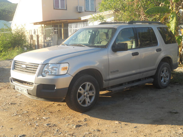 FOR SALE: 2007 Ford Explorer.