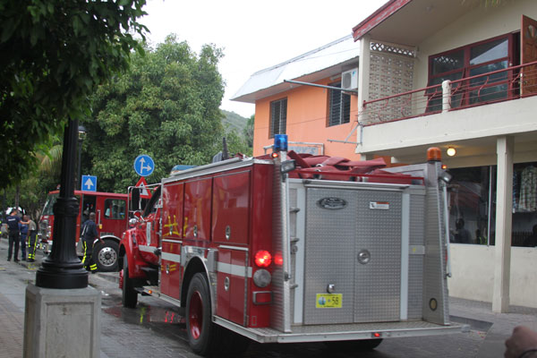 firetrucksatkarysguesthouse22082012