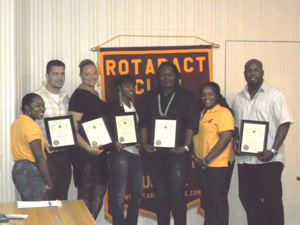 rotaractsunriserecognizes5youngprofessionals14102012