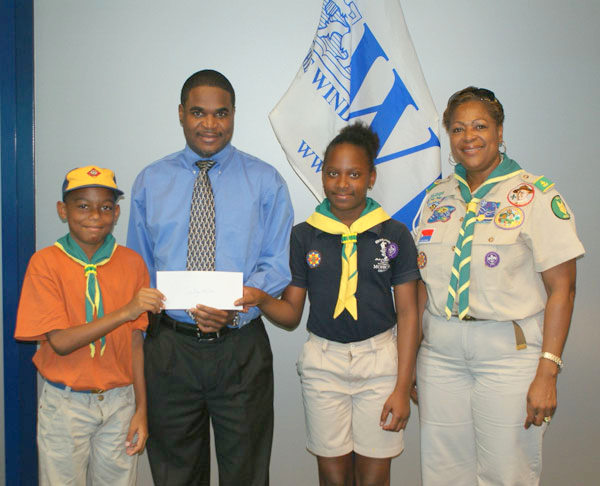 wibdonatestoscoutgroup09042013