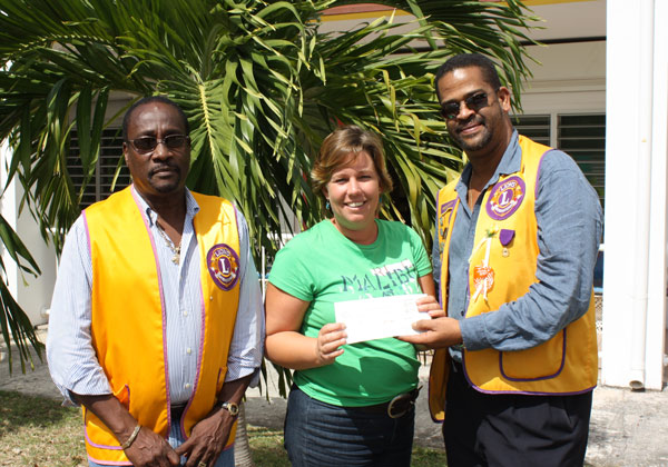 lionsclubdonation16022010